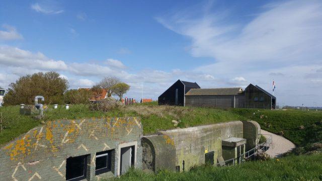 kazemattenmuseum-omgeving-makkum