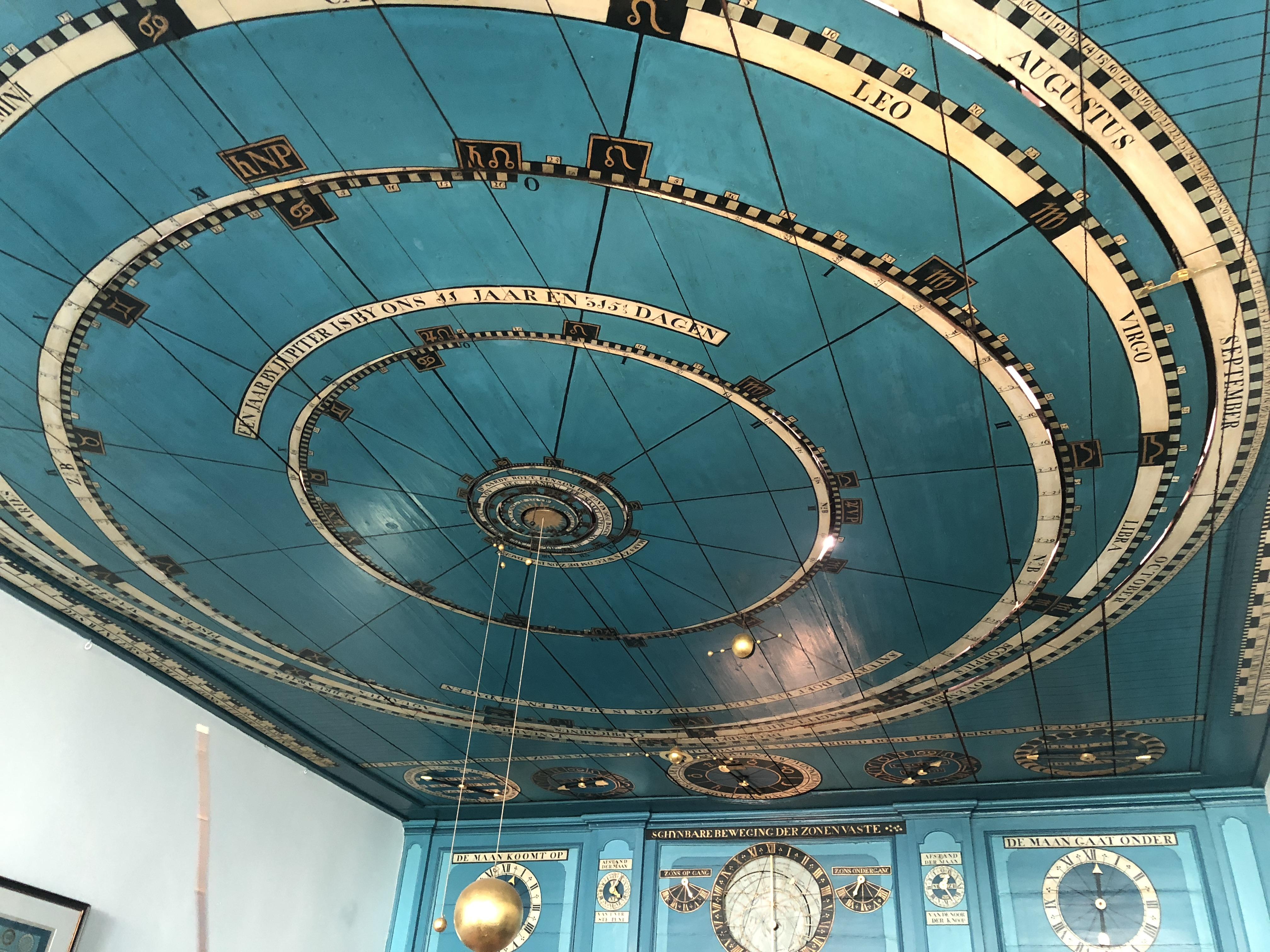Planetarium-Eise-Eisinga-in-Franeker-omgeving-makkum