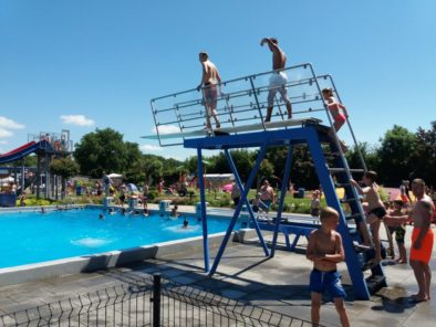 zwembad-mounewetter-witmarsum-omgeving-makkum-chalet-v6-gestrand